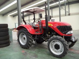 Latest China 80HP 4 Wheel Drive Map804 Farm Tractor pictures & photos