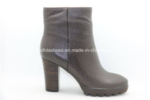 Simple Comfort High Heels Platform Women Leather Boots pictures & photos