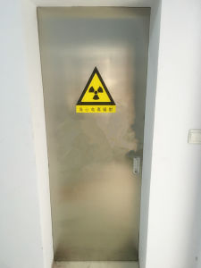 Medical X-ray Protection Lead Door and Uesd to Dr or CT Room pictures & photos