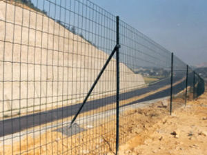 PVC-Coated High Quality Temporary Fence pictures & photos