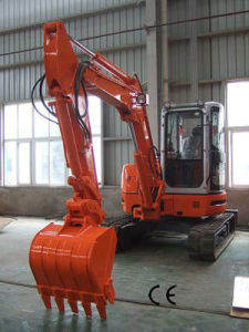 2.8 Ton Mini Crawler Excavator CE Approved pictures & photos
