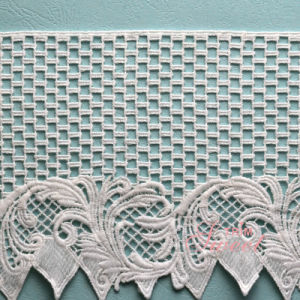 Crochet Lace Mesh Fabric for Women′s Dress pictures & photos