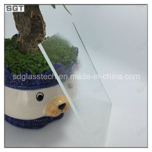 4mm Low Iron Anti-Reflection Glass pictures & photos