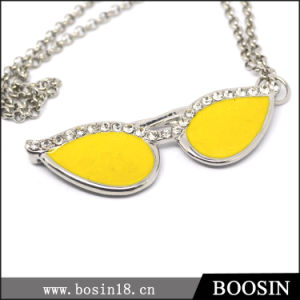 Fashion Cool Acc Yellow Sunglass Pendant Necklace #14595 pictures & photos