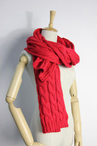 Made to Order Cable Hand Knit Winter Scarf Shawl pictures & photos