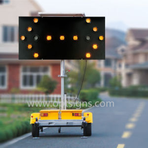 Solar Powered Portable Traffic Control Flashing LED Arrow Boards pictures & photos
