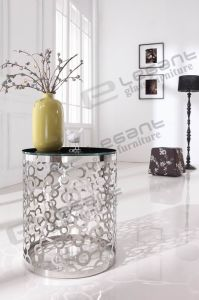 Round Tempered Black Glass Coffee Table with Carved Stainless Steel Base pictures & photos