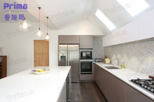 Lacquer Finish High Gloss Anti-Scratch Kitchen Cabinet pictures & photos