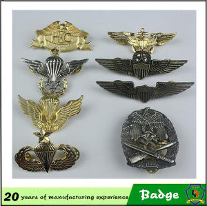 Antique Brass Plating Eagle Shape Metal Badges for Sale pictures & photos