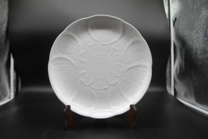 "Ceramic Dishes for Hotel Restaurant 12 ""Winged Disc"" pictures & photos"