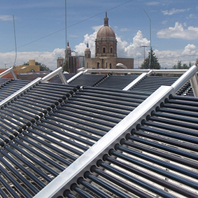 Lpc Non-Pressure Vacuum Tube Project Solar Collector pictures & photos