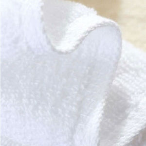 High Quality Solid Color Fashion Face Towel (DPFT8074) pictures & photos
