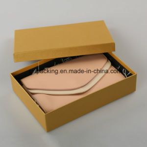 fashion Gift Box with Magnet Closure Wholesale Packaging Box (AZ-121714) pictures & photos