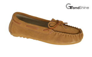 Women′s Moccasin Casual Driving Shoes Slip on Footwearwith String pictures & photos
