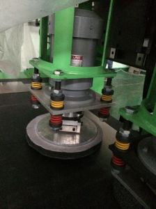 High Speed Vibration Polishing Machine for Stainless Steel pictures & photos