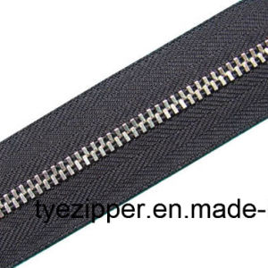 Metal Zipper for Clothing/Shoes/Garment/Jeans (Y teeth)