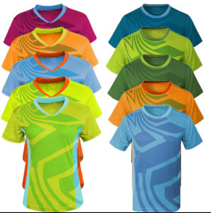 Customize Polyester/Spandex Breathable Men Quick Dry Sports Tees pictures & photos