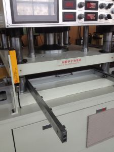 Printed Stickers Die Cutter Machine pictures & photos
