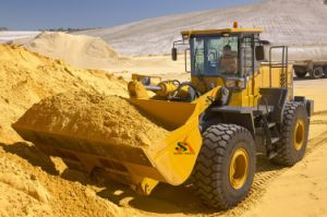 Wheel Loader with High Unloading Mechanical Front Shovel pictures & photos