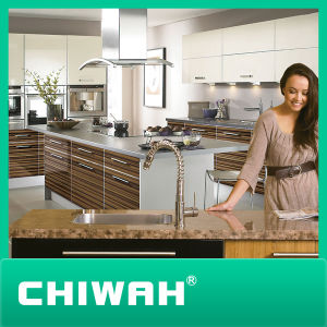 Competitive Price Kitchen Cabinet with High Glossy pictures & photos
