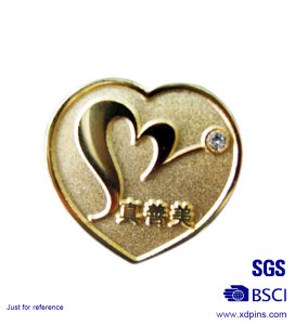 High Shine Metal Charity Heart Shaped Pin Badge (XD-0707-15) pictures & photos