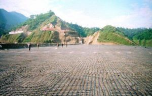 Shopping Building Materials HDPE Uniaxial Geogrid pictures & photos