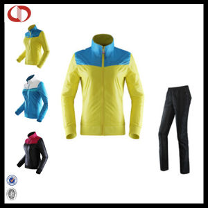 High Quality Women Windbreak Sport Suits Tracksuit pictures & photos