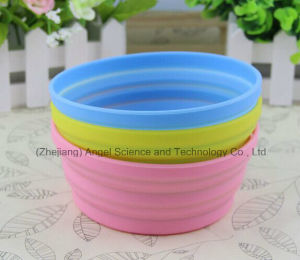 Non-Toxic Silicone Collapsible Pet Dog Food Bowl Foldable Water Bowl Feeder 350ml Sfb14 pictures & photos