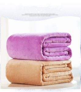 Full/Queen Size Reversible Microfiber Blanket for Home pictures & photos
