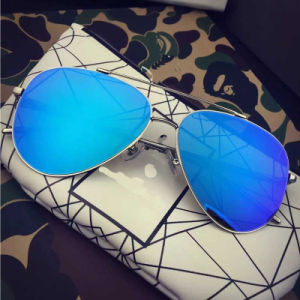 2017 New Fashion Metal Stainless Sunglasses with Polarized Mirror Lens pictures & photos