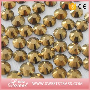 Ss4-Ss40 Super Flashing Mc Crystals for Garment Trims pictures & photos