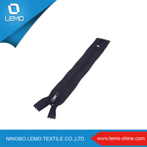 Normal Nylon Zipper Size You Chose for Bag pictures & photos