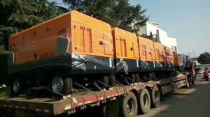 15m3/Min 13 Bar 132kw Diesel Mobile Screw Air Compressor in China pictures & photos
