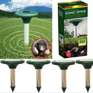 Solar Powered Sonic Waves Repellent Garden Rodent Mole Rat Pest Mice Repeller pictures & photos