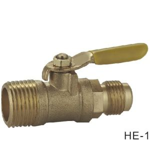 (HE-1152) Brass Ball Valve Pn16 with Wing Handle for Water, Oil pictures & photos