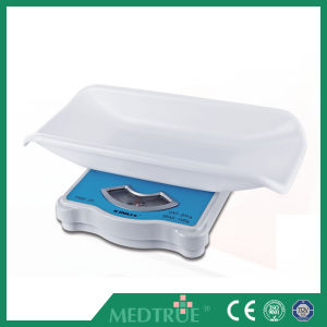 CE/ISO Approved Hot Sale Medical Digital Baby Weighing Scale (MT05212011) pictures & photos