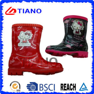 Beatiful Comfortable PVC Rain Boots for Children (TNK70005) pictures & photos