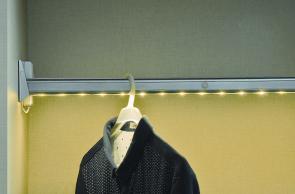 Cheap Aluminum Cloth Tube Hanger pictures & photos