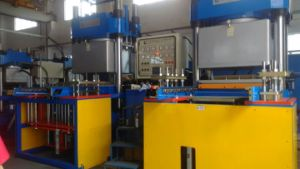 Vulcanizer Press Machine for Making Large Rubber Products (KS500VF) pictures & photos