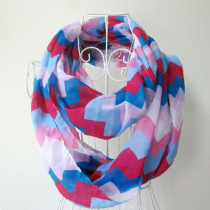 Woman Fashion Wave Printed Polyester Chiffon Infinity Scarf (YKY1099-3) pictures & photos