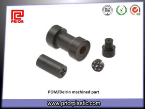 Precision Delrin/POM Plastic Injection Parts pictures & photos