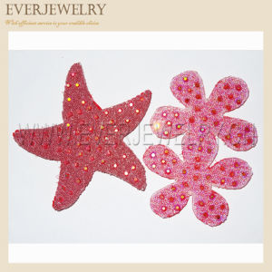 Star and Flower Design of Hot Fix Rhinestone Mesh pictures & photos