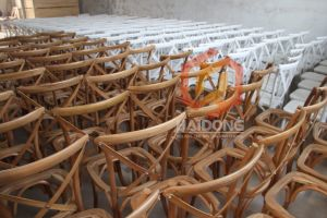Wholesale High Quality Hard Wood Outdoor Cross Back X Events Chair pictures & photos