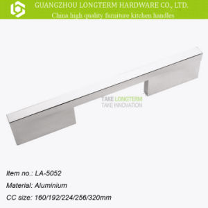 Modern Aluminum Alloy Furniture Cabinet Kitchen Handle pictures & photos