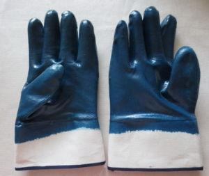 Nitile Glove pictures & photos