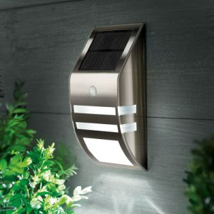 Yard Solar Power Fence Gutter Wall Light Lamp 3 LED pictures & photos