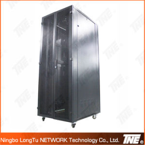 Server Cabinet with 800mm Width and Door Hinge Type pictures & photos