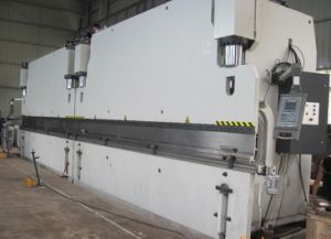 Tandem CNC Press Brake 2-Wc67k-300t/8500 with Da52s pictures & photos