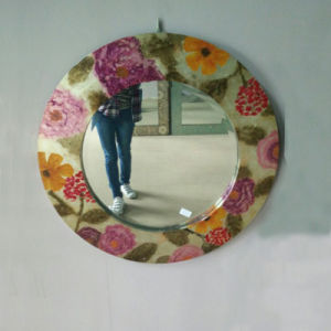 Wall Wood Round Framed Mirror (LH-000507) pictures & photos