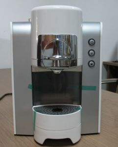 Capsule Pod Coffee Machine pictures & photos